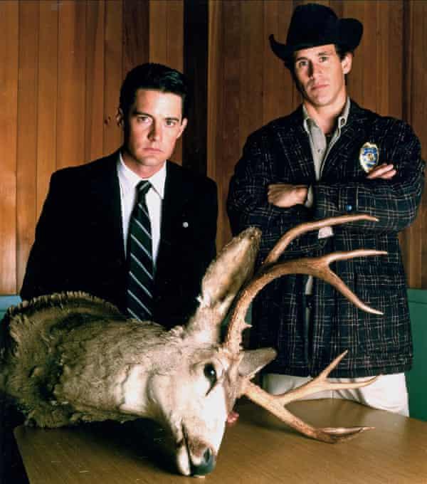 Kyle MacLachlan and Michael Ontkean in the 1990 series Twin Peaks