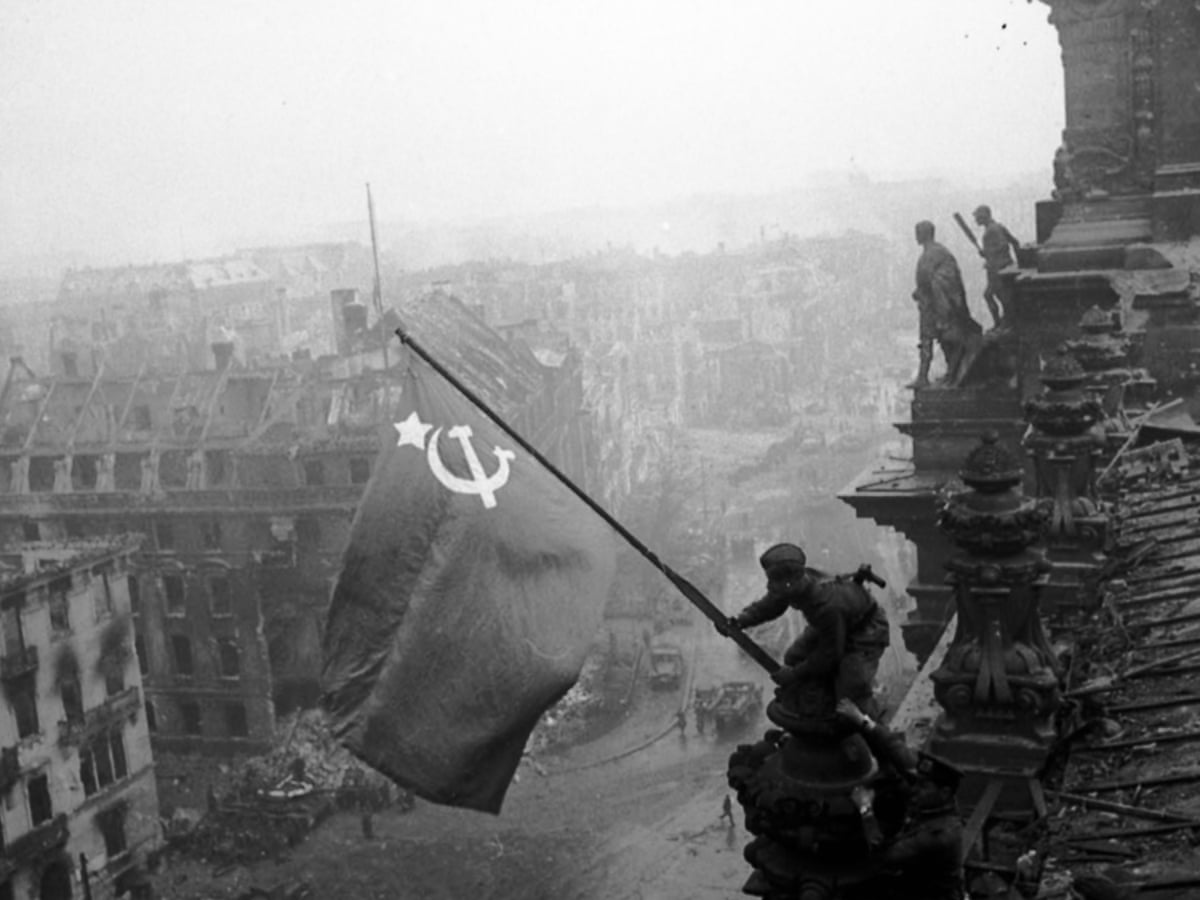 Image result for russian flag on reichstag