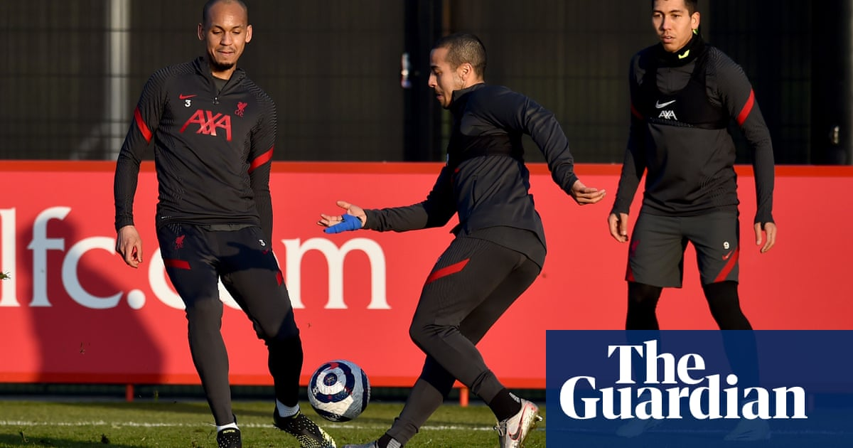 Jürgen Klopp shifts focus to top-four fight as Chelsea head to Anfield