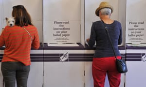 Residents cast their vote at Bondi Surf Bathers Life Saving Club