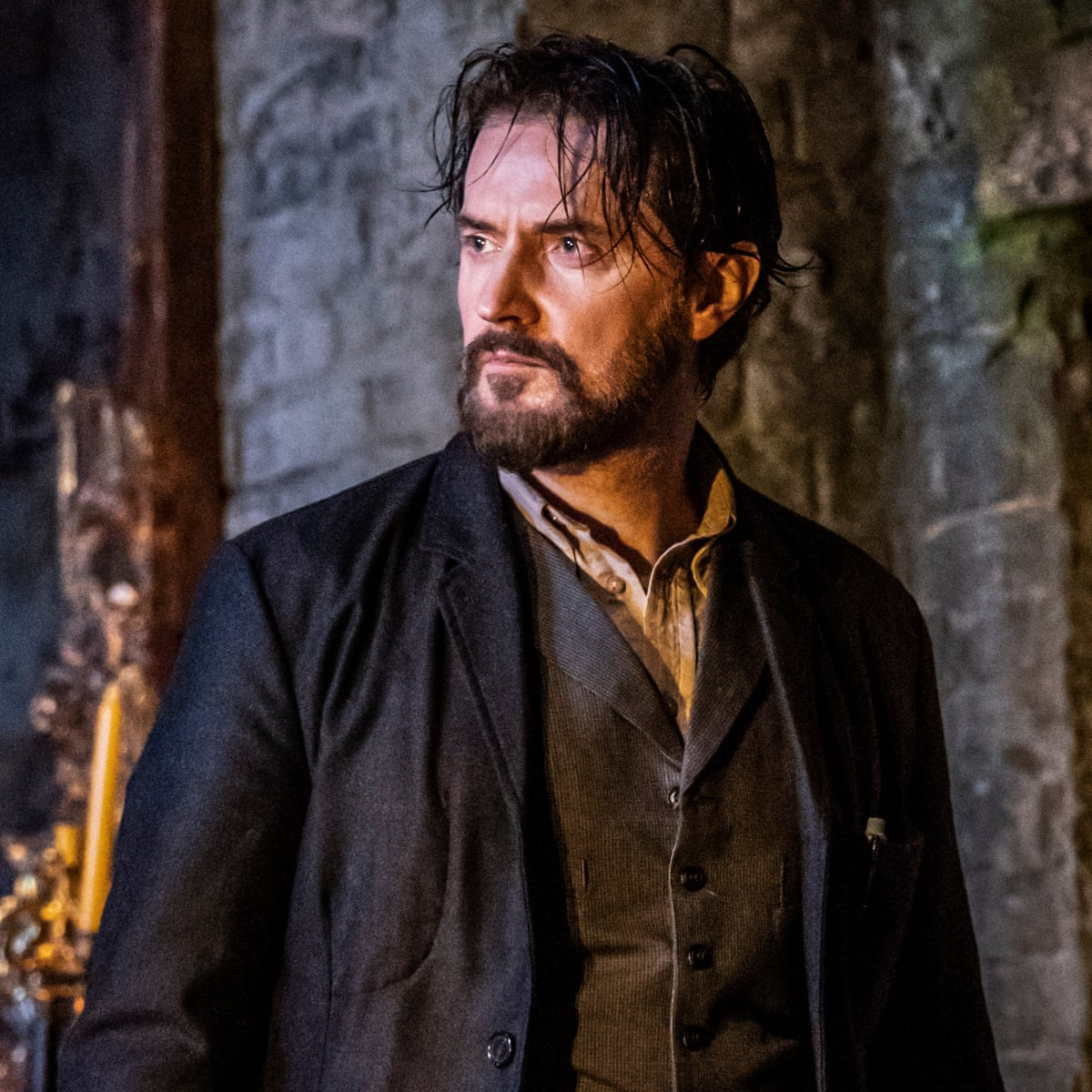 Richard Armitage: 'Theatre is hanging on by a thread' | Theatre | The  Guardian