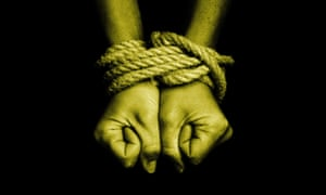 A woman been victim to human trafficking - concept photo<br>DARDE1 A woman been victim to human trafficking - concept photo