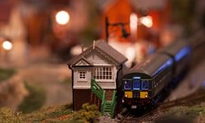 An N Gauge model railway scene.
