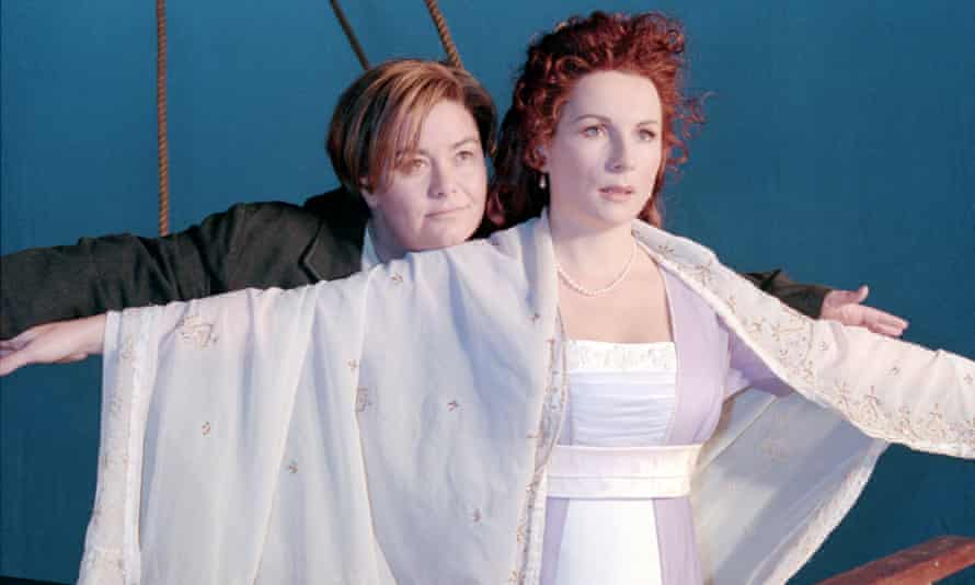 Sinking Titanic for the 1998 Christmas special