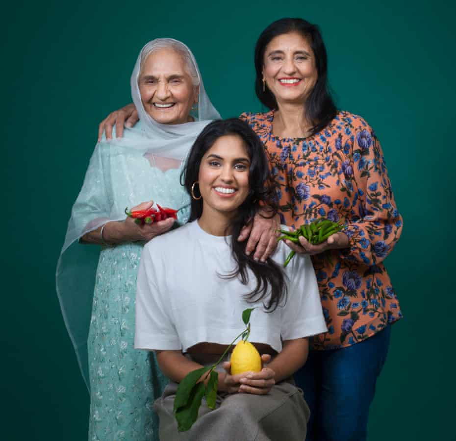 Raveet Gill with her mother and grandmother.