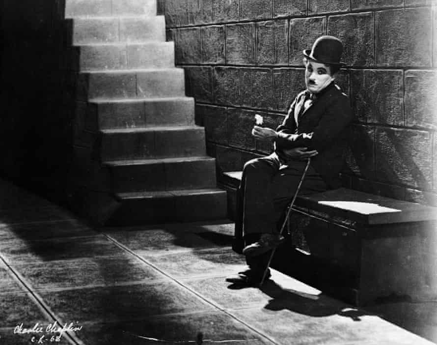Charlie Chaplin in his film debut Lonely Tramp
