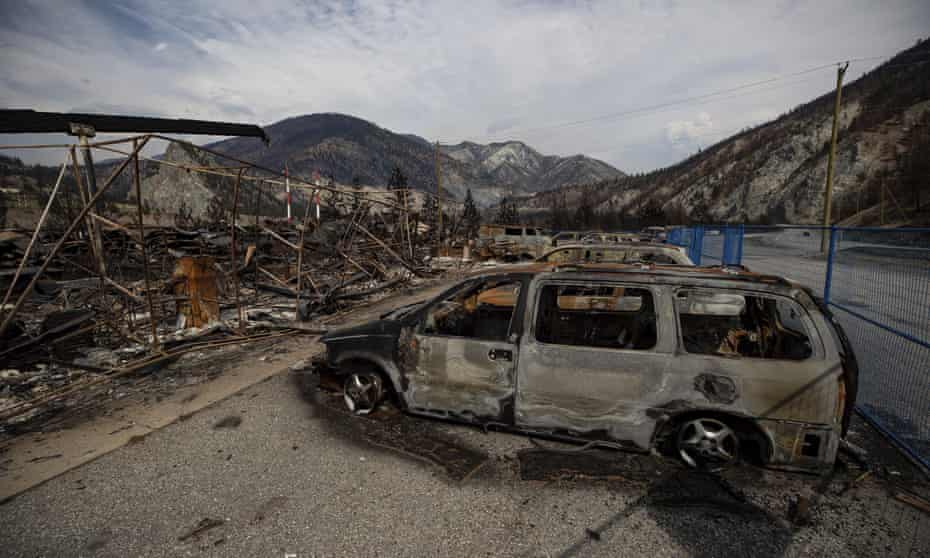 Vehicles destroyed by wildfire near Lytton, British Columbia, 15 August 2021.
