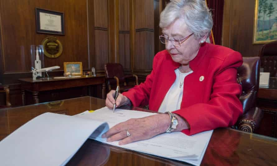 Kay Ivey signs into law the Alabama Human Life Protection Act