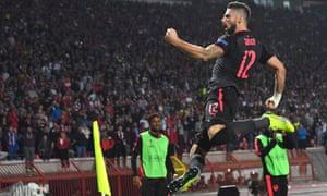 Olivier Giroud celebrates his late goal for Arsenal.