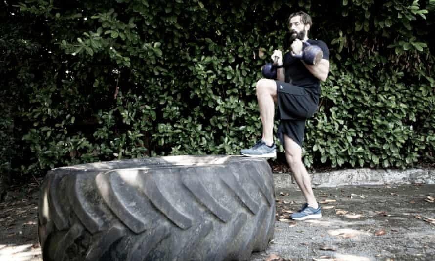 Surrey's Liam Plunkett keeps fit at home during the coronavirus pandemic.