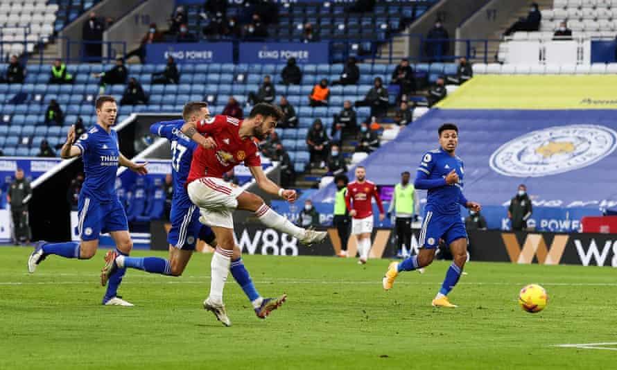 Bruno Fernandes scores Manchester United's second goal.