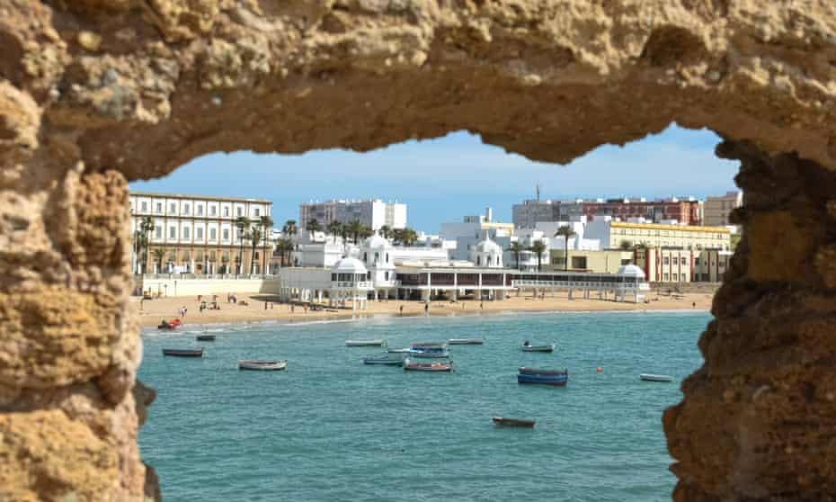 Playa de la Caleta from Castillo de Santa Catalina