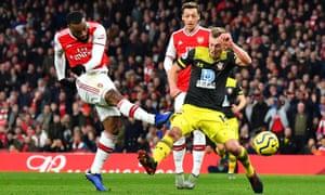 Alexandre Lacazette thumps home Arsenal's equaliser.