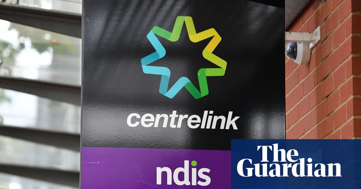 Centrelink was warned robodebts could be inaccurate more than four years ago
