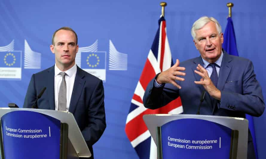 Dominic Raab (left) and Michael Barnier in Brussels