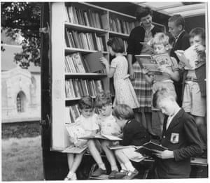 'Once upon a time on the village green' — children choosing books from the Nottinghamshire travelling library at Kingston-on-Soar, 18 Aug 1958. GNM Archive ref: GUA/6/9/1/4/L box 7