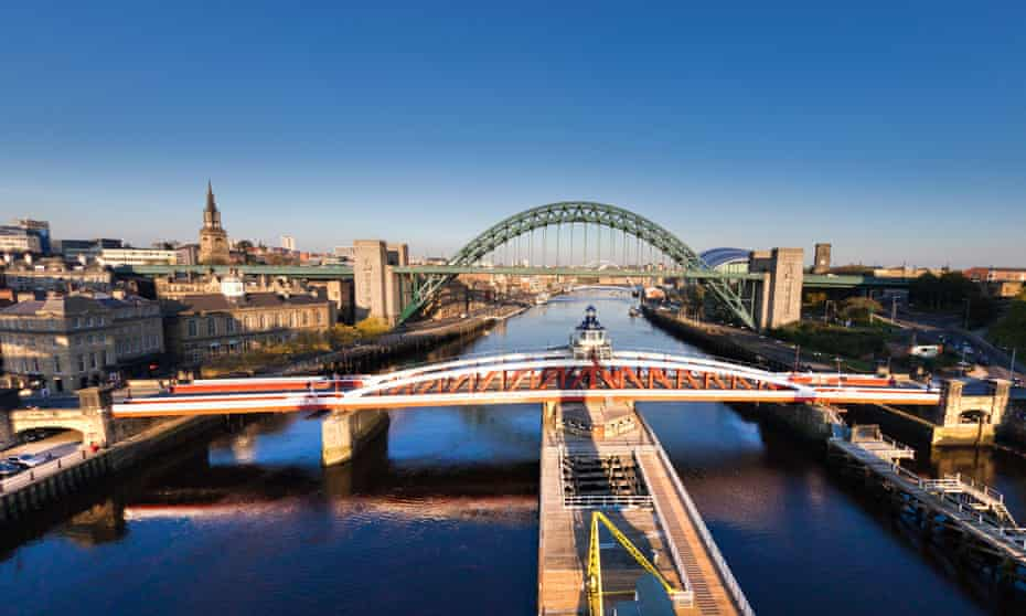 Bridges crossing the river Tyne, Newcastle upon Tyne.