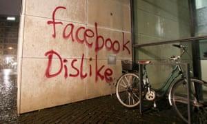 Graffito on front of Facebook's Hamburg office
