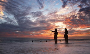Sunset surf El Nino