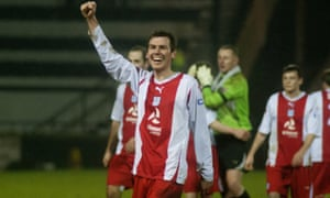 Craig Robertson celebrates a victory on his Dundee debut.