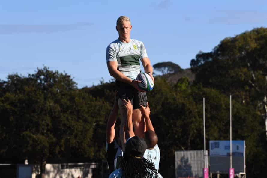 South Africa's rugby sevens team have been dealt a blow after being told they must isolate before their first match at the Olympics.