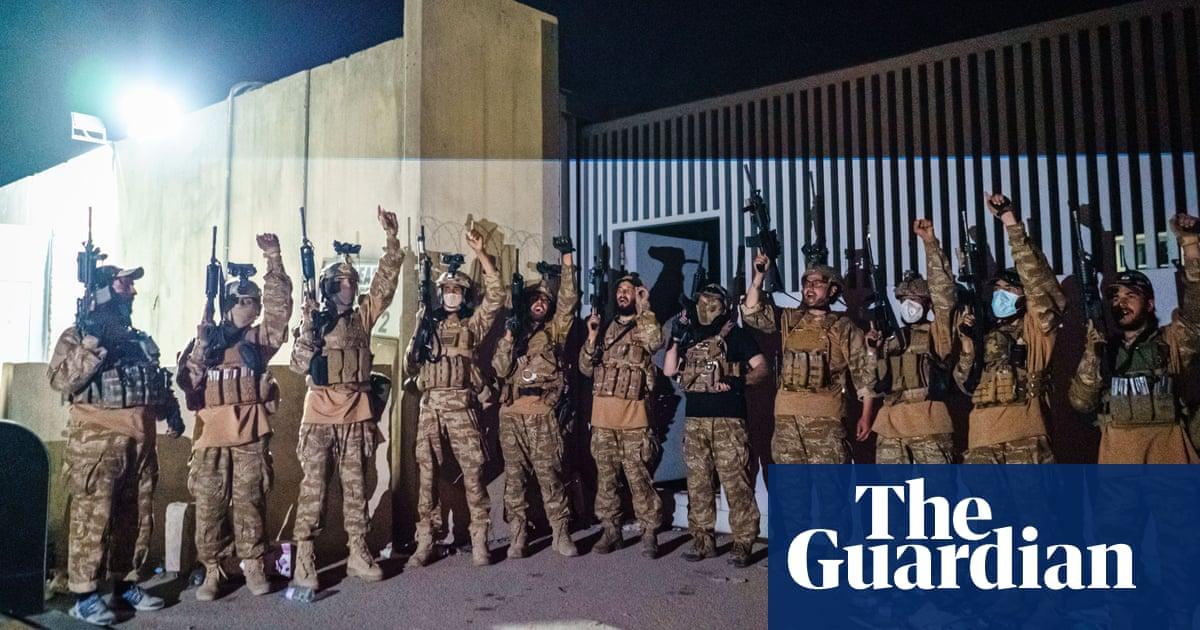 US leaves Afghanistan after 20 年