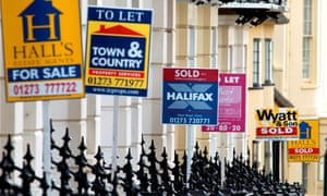 Estate Agents boards offer property in Brighton