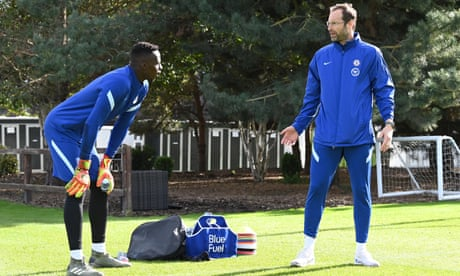 Frank Lampard wants Chelsea goalkeepers to learn from Petr Cech