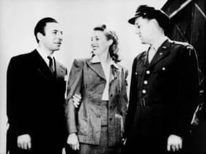 Bandleaders Joe Loss and Glenn Miller with Vera Lynn during Miller's 1944 trip to the UK