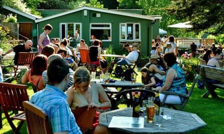 Beeses bar and tea Gardens bristol outdoor