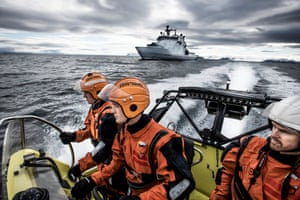 The Norwegian coastguard, part of the navy, patrols the Isfjorden