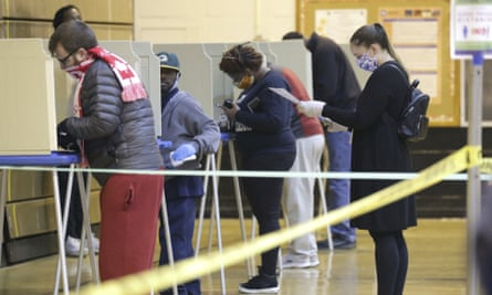 Voters make their choices in Milwaukee last week.