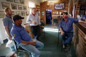 Barnaby Joyce enjoys a beer at the Nemingha pub