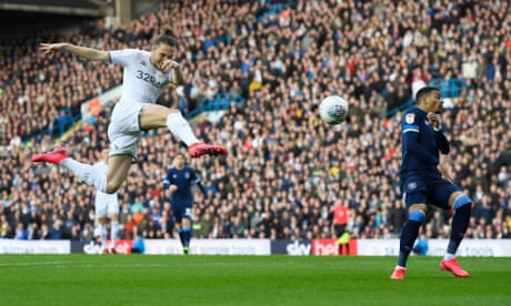 Football League: Leeds move top of Championship, Coventry beat Ipswich
