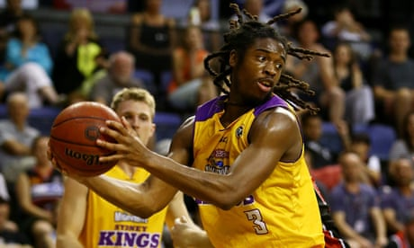 c72e97b46b3  Drongo  NBL fan pours beer over Sydney Kings star Marcus Thornton