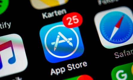 Smartphone screen with App Store and Safari app icons