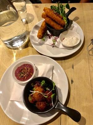 Beetroot arancini and halloumi sticks at Bill's