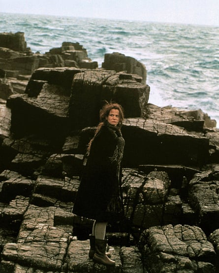 Emily Watson in Breaking the Waves (1996).