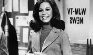 Mary Tyler Moore in the newsroom setting of The Mary Tyler Moore Show, 1970-77.