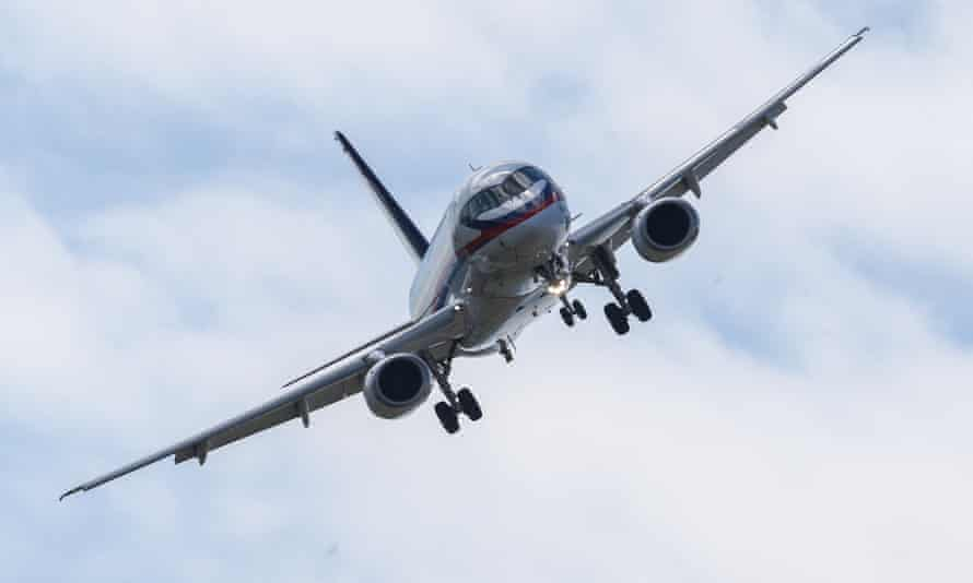 Pilots have raised safety and security concerns after a survey suggesting pilotless passenger planes can cut costs and lower airfares.