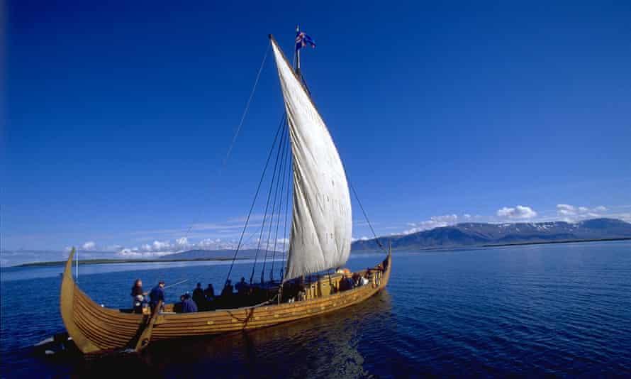 The replica viking ship Icelander.
