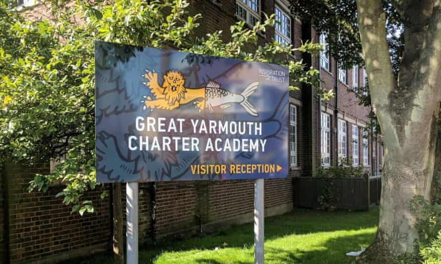 De Souza support the head of 'vomit school' – Great Yarmouth Charter Academy