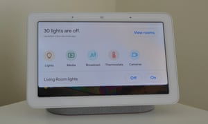 Google Home Hub Review - Smart Home Quickly Down