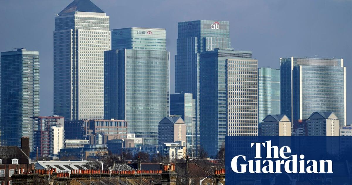Labour warns UK banks: trim bankers' bonuses or we will