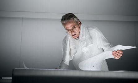 Jeremy Irons in High-Rise