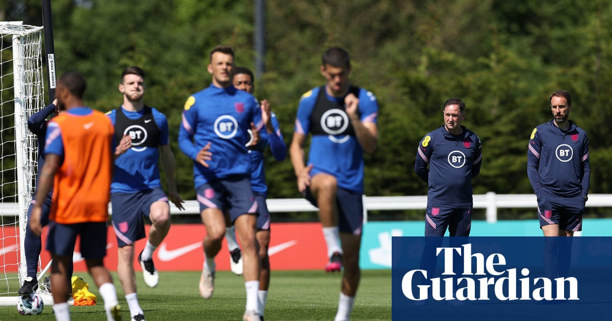 England's lack of momentum and clarity eased by return of cavalry | David Hytner