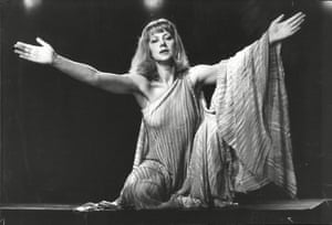 In 1982 she starred in the RSC's production.