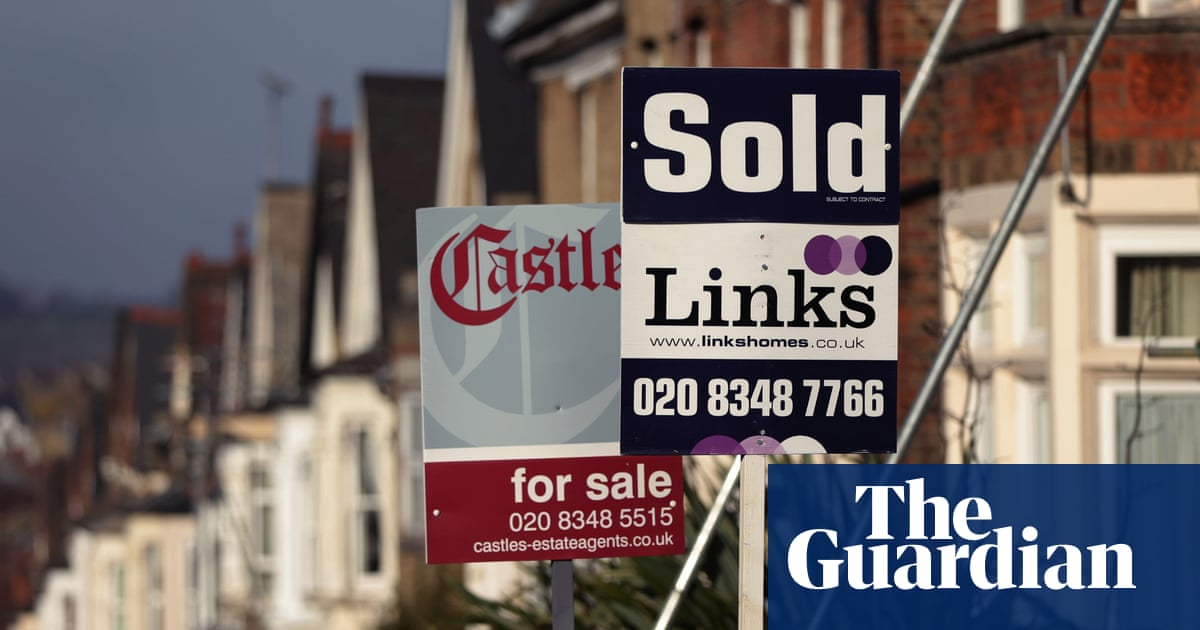 UK house prices fall in August as demand drops for bigger homes