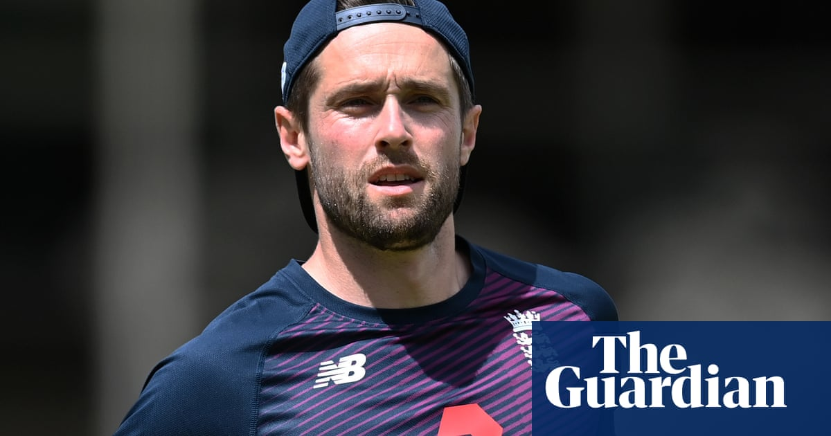 Chris Woakes rejoins England – at a distance – before first Sri Lanka Test