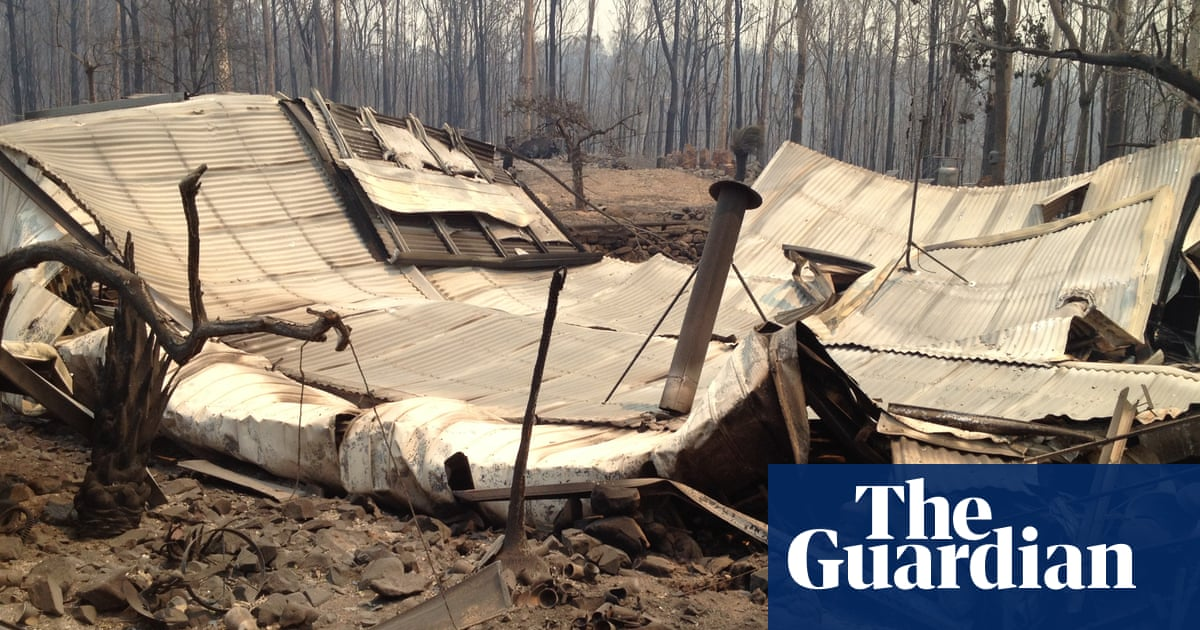 In the wake of the bushfires: stricken residents face grim job of rebuilding